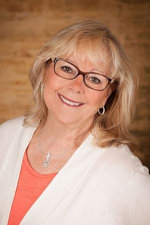 Jackie-McParlane-DO-physician-burnout-coach-opt300W.jpg